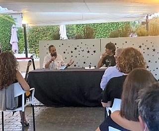 "Mateo Darrán presenta la seua segona novel·la ""Toda la verdad sobre Charles Bukowski"""