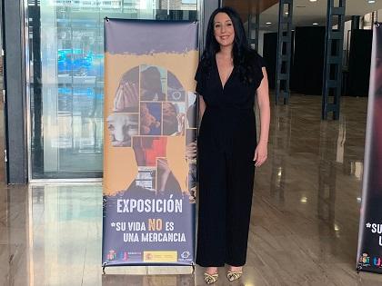 """Igualdad de Orihuela inaugura la exposición """"Su vida no es una mercancía"""" para mostrar la dureza de la trata de mujeres y niñas"""