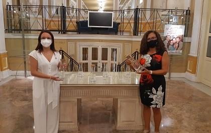 El Teatro Principal y Aguas de Alicante juntos por la reducción de residuos plásticos