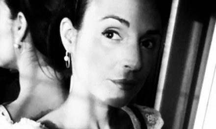 Creuem el Pont dels Espills amb… Olivia Martínez: Caligrafia corporal
