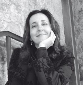 Creuem el Pont dels Espills amb… Pilar Blanco: Yo escribo la noche