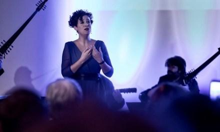 La soprano Èlia Casanova presenta a Altea el seu CD L'univers sulla pelle al costat de la Tendresa