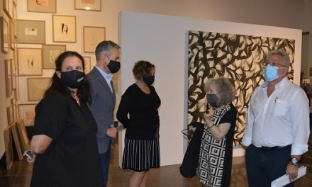 """La Sala de la Llotja presenta l'exposició """"Punto de fuga"""" de Fuencisla Francés amb el paper com a protagonista de les seues obres"""