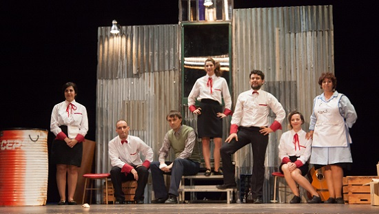 """La compañía """"Almadraba Teatro"""" de El Campello se lleva cuatro premios de la Mostra de Cullera"""