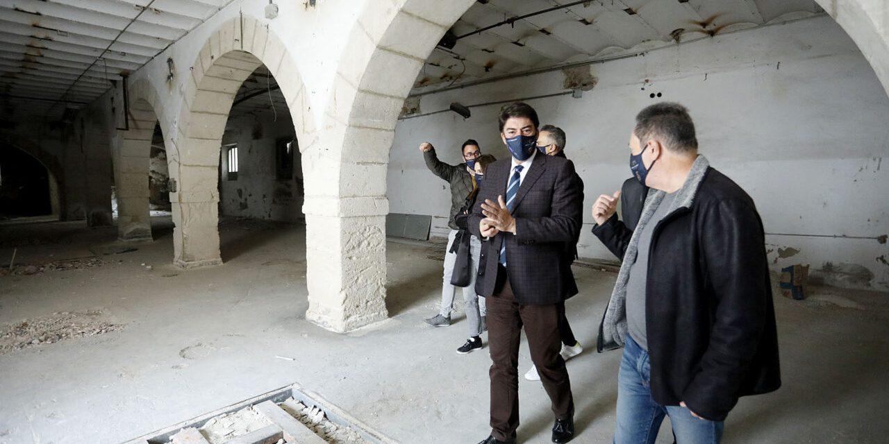 El equipo redactor del plan director de Las Cigarreras inicia los trabajos para rehabilitar las antiguas instalaciones Tabacalera
