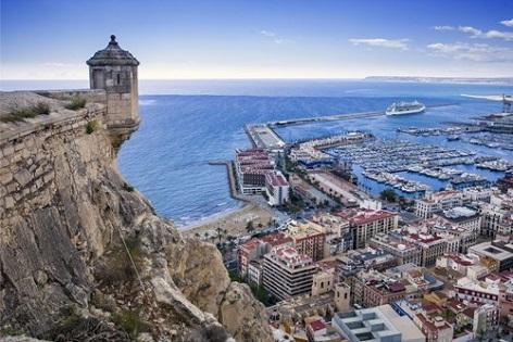 """Turisme revitalitza el patrimoni cultural amb la campanya """"Alacant entre dos castells"""""""