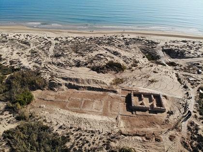Aparece una villa romana bajo una torre islámica excavada en la playa de Guardamar del Segura, dentro del proyecto de la Universidad de Alicante y el Ayuntamiento de Guardamar