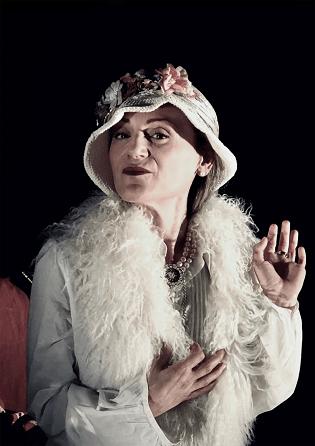 Homenatge a Clara Campoamor a Casa Mediterráneo en el Dia Internacional de la Dona