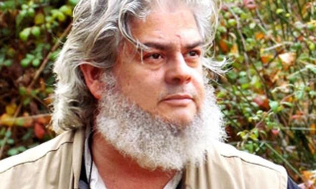 Creuem el Pont dels Espills amb… León Molina: Esperando a los pájaros del sur