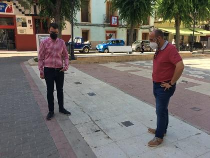Una empresa especialitzada excavarà l'entrada al refugi antiaeri de la plaça de Baix de Petrer abans de la seua remodelació integral
