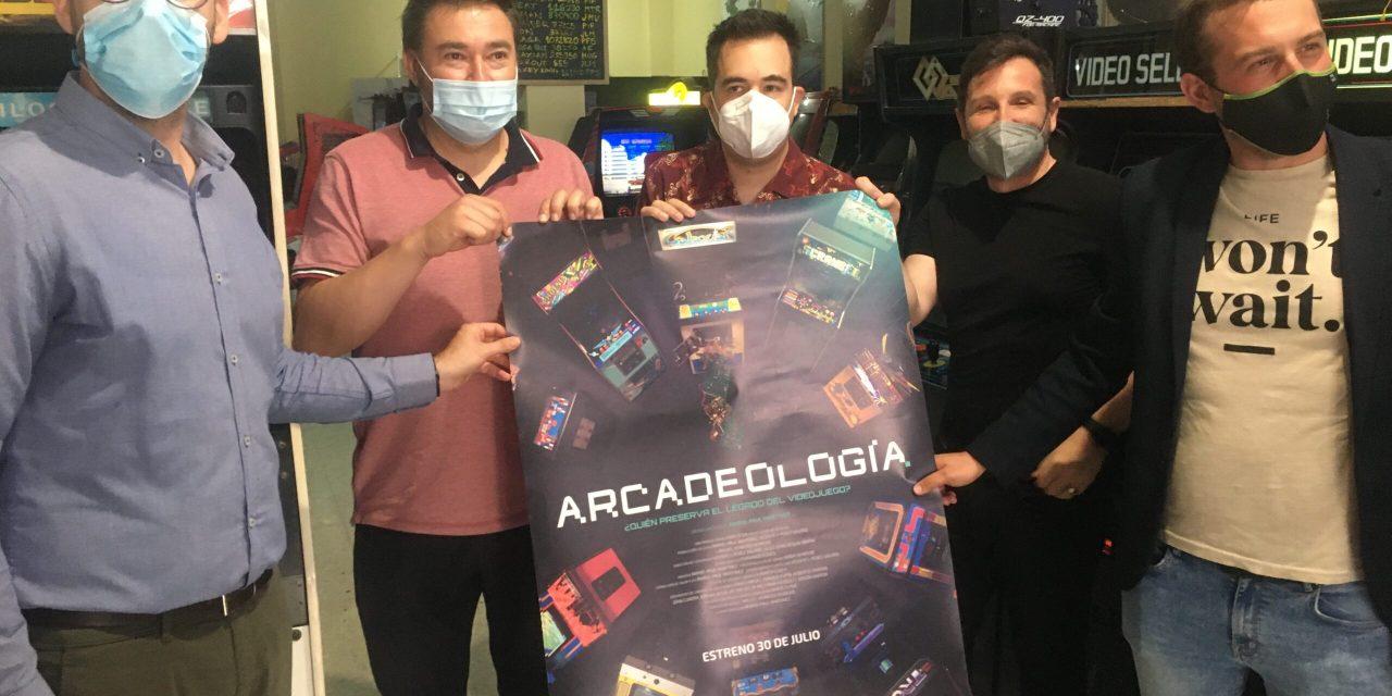 """Petrer acoge este jueves la """"premier"""" del documental """"Arcadeología"""" y se podrá jugar a estas máquinas características de los 80 y 90"""