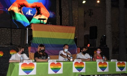 Espléndida tarde-noche de fiesta para conmemorar la diversidad en Pinoso