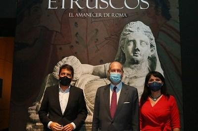 El MARQ i l'ambaixada d'Itàlia inauguren l'exposició internacional 'Etruscos. El amanecer de Roma'