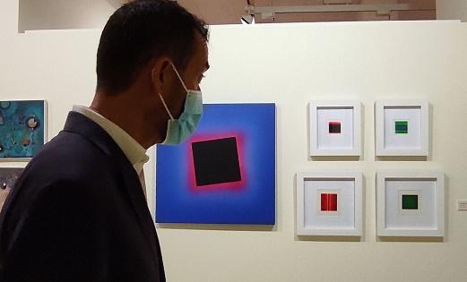 Una muestra en la Sala d'Exposicions del Gran Teatre de Elche recoge 80 años del arte abstracto español