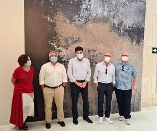 Primera visita de los coleccionistas Jenkins y Romero al MACA tras la donación a Alicante de 291 de sus obras