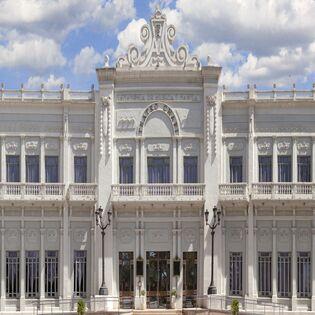 La programació en l'escenari del Teatre Chapí s'estén fins a principis de 2022