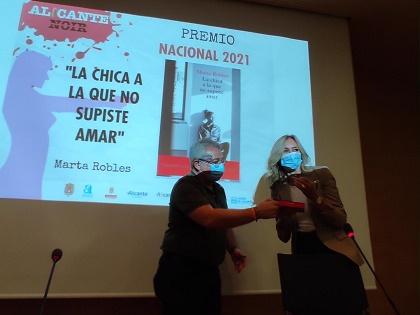 Marta Robles es la ganadora del Premio Nacional que otorga Alicante Noir 2021