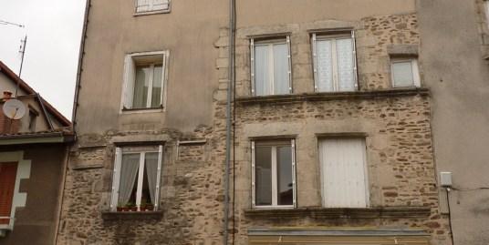 Studio, rue Jean Jaurès, Saint Léonard de Noblat (Réf 22)