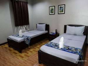 Stay at the harbour gardens tourist inn bohol and get more out of your money! 007