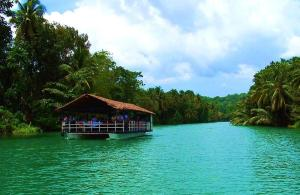 Loboc dinner cruse