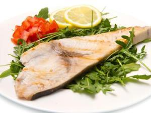 roaster swordfish on a plate