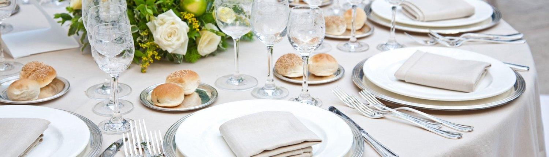 Table-HD--Loca-Vaisselle-Location-de-vaisselle,-de-matériel,-vente-de-glaces-et-glaçons-dans-le-Gard-et-lHérault