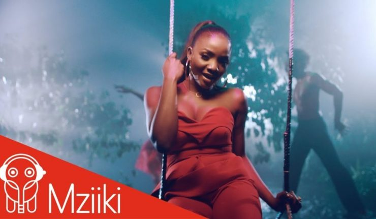 Simi – I Dun Care (Official Music Video)