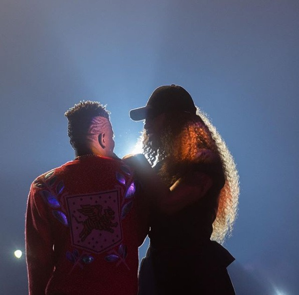 Shatta Wale Proposes To Babymama On Stage