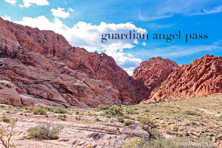 Guardian Angel Pass or The Saddle | Hiking Red Rock Canyon National Conservation Area.