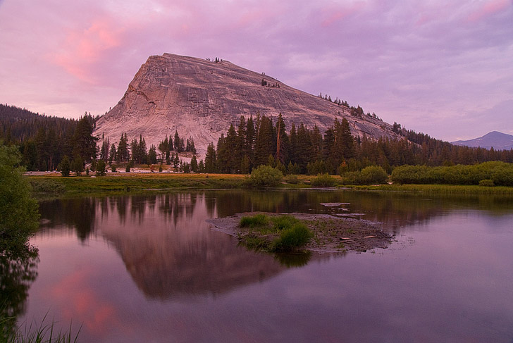 Lembert Dome Hike (15 Best Things to Do in Yosemite National Park That Will Take Your Breath Away).