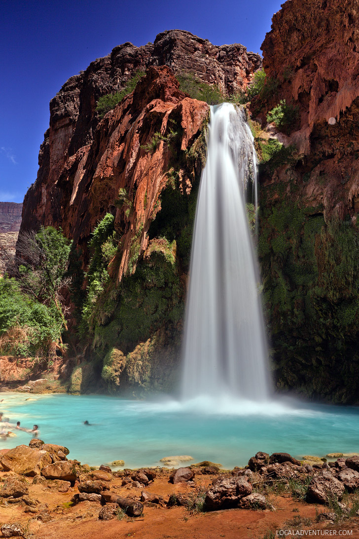 Havasu Falls Hiking In + Tips for Your Hike and Getting Permits // localadventurer.com