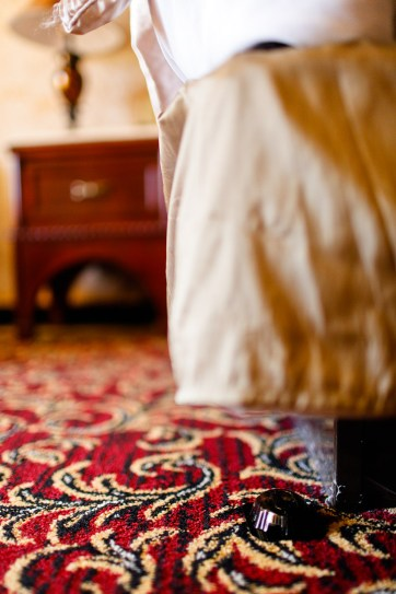 Summer Travel Tips - #7 How to detect bed bugs early on // localadventurer.com