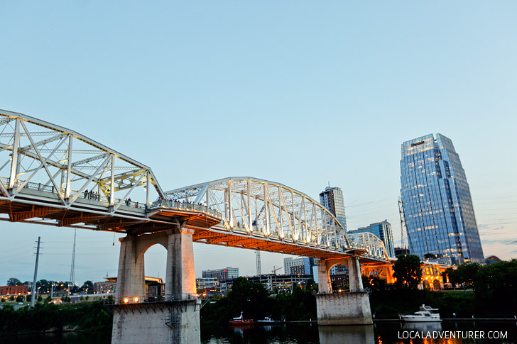 Shelby Street or John Seigenthaler Pedestrian Bridge in Downtown Nashville // localadventurer.com