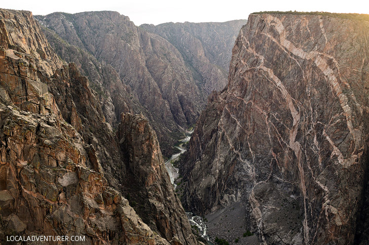 North Vista Trail Black Canyon of the Gunnison (15 BEST DAY HIKES IN THE US TO ADD TO YOUR BUCKET LIST) // localadventurer.com