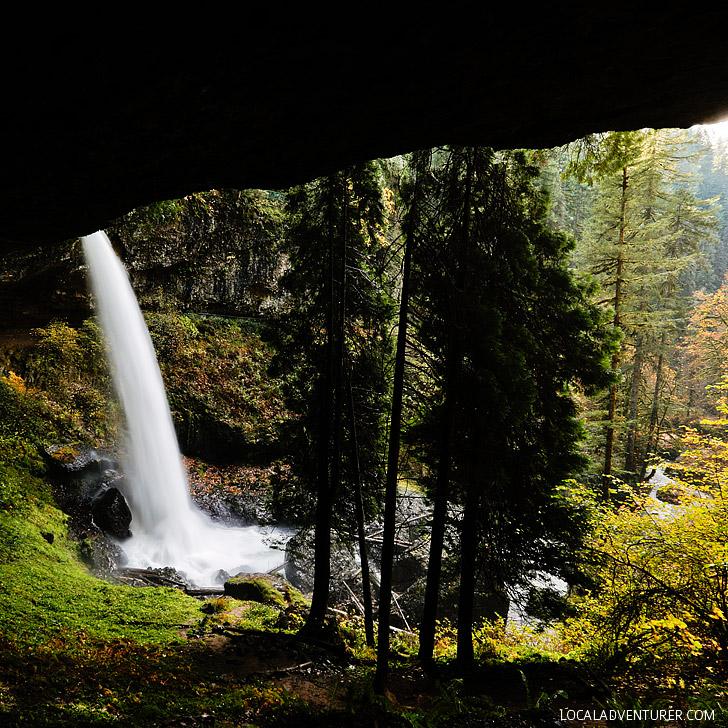 North Falls, Trail of Ten Falls Hike, Silver Falls State Park, Oregon USA // localadventurer.com