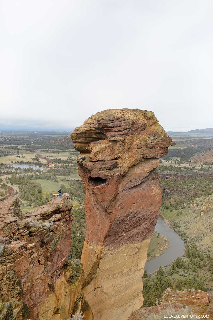Monkey Face Smith Rock State Park Oregon - Misery Ridge Trail is the iconic hike in the park offers scenic views of Crooked River and Monkey Face. Check out detailed info on the hike here // localadventurer.com