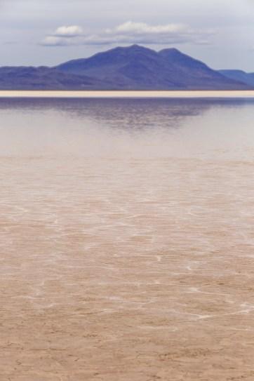Oregon Desert - The Alvord Desert in Eastern Oregon + Essential Tips for Your Visit // localadventurer.com