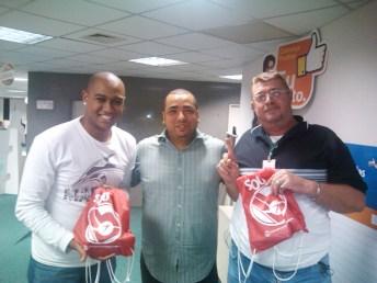 Ubiratan Fabrício (recuperador premiado equipe WO Não Ajuizados - Fábrica II), Edson Evangelista (supervisor regional - Fábrica II) e Renato Gregório (recuperador premiado equipe WO Ajuizados - Fábrica II)