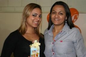 Jessica (recuperadora premiada) e Solange (coordenadora)
