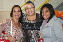 Genice e Daiane (recuperadoras elogiadas) e Paula (coordenadora - ao centro)