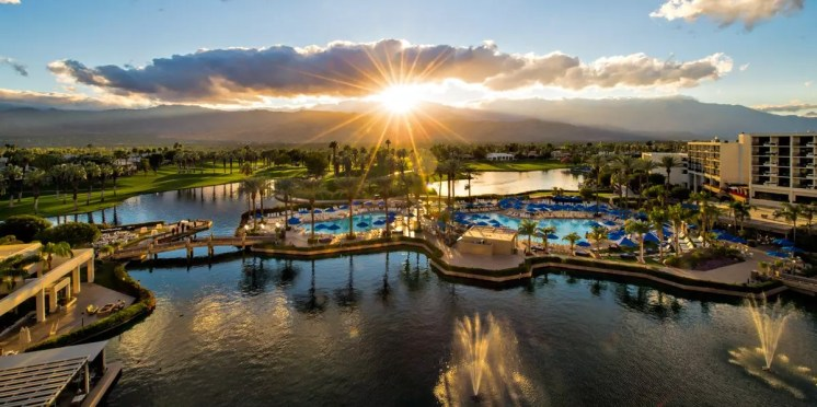 JW-Marriott-Desert-Springs---Signature-View