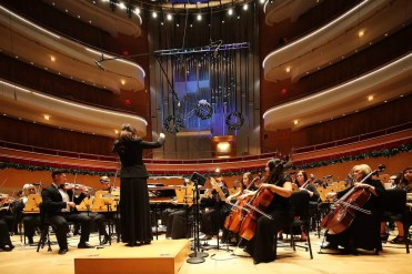 assistant-professor-of-music-mildred-yi-and-vanguard-university-instrument-ensemble-2