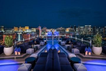 Eat Dinner in Las Vegas Nightclubs