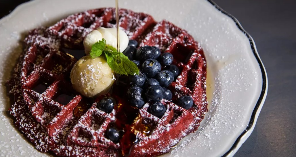 6 Best Downtown Las Vegas Brunch Spots You Ll Drool Over 2