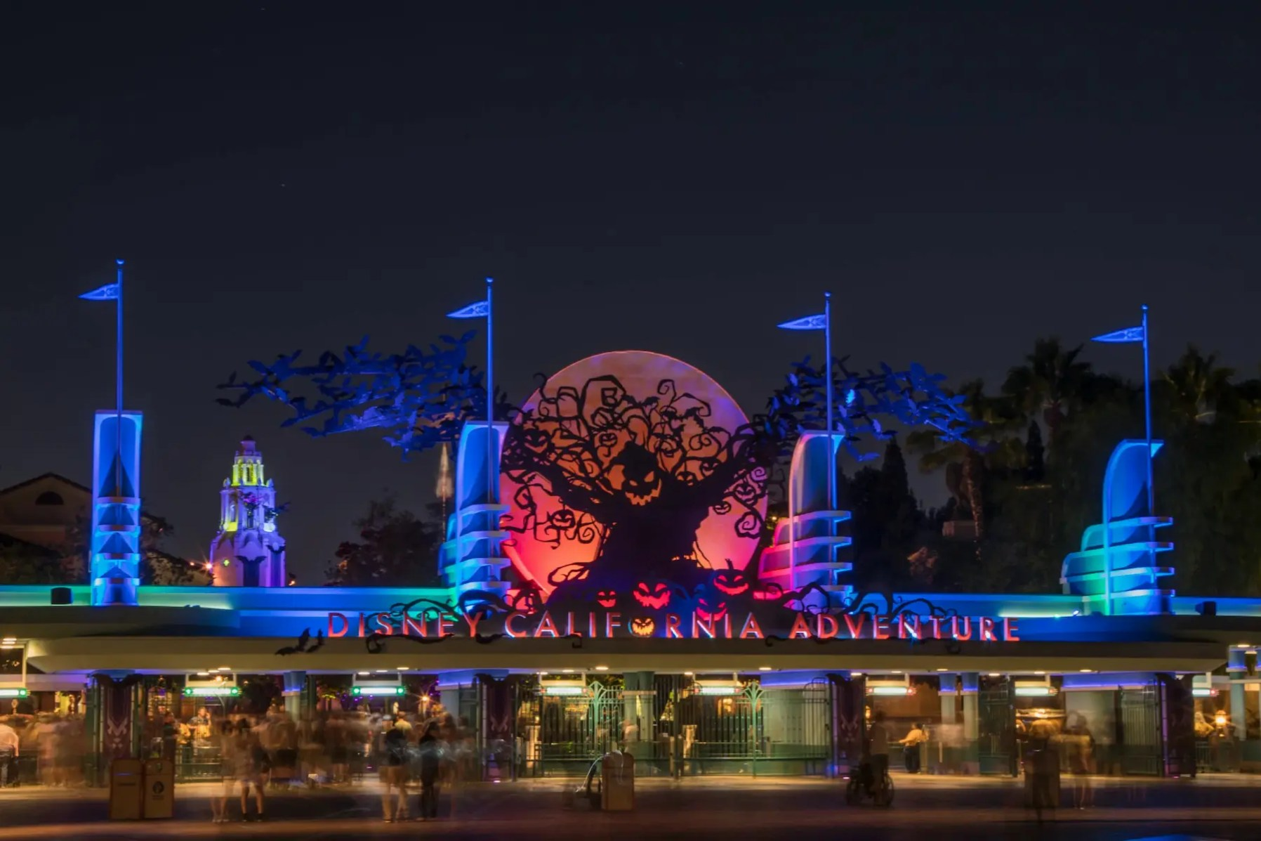 On select nights beginning Sept. 9, through October 31, 2021, the separate-ticket, after-park hours event Oogie Boogie Bash – A Disney Halloween Party will add to the spooky fun during Halloween Time at the Disneyland Resort. This limited-capacity event at Disney California Adventure Park features exclusive entertainment, character sightings, food and beverage and more. Kids and guests of all ages will enjoy donning their favorite Halloween costumes while taking in all the spook-tacular sights and trick-or-treating experiences. (Disneyland Resort)