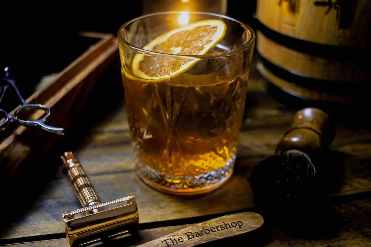 14 The Barbershop - Whiskey_ (1)