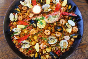 Seafood paella enhanced 1