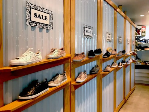 World of Earth Footwear_1
