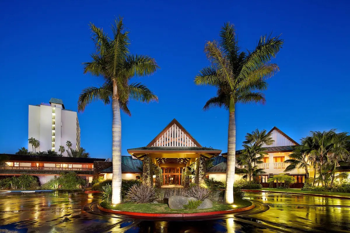 Photography Provided By: Catamaran Resort Hotel and Spa