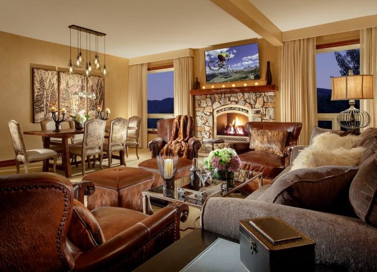 TwoBedroomLiving Room (501)